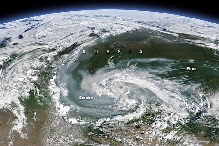 Arde el círculo polar ártico